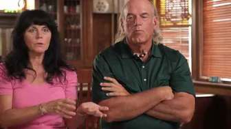 Jesse Ventura with kind, Wife Terry Larson